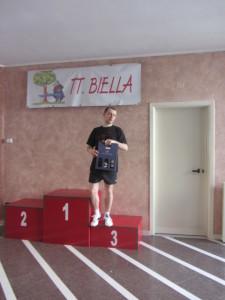Camp reg Biella 26-05-2013 Valerio Fusillo sul podio 4^cat